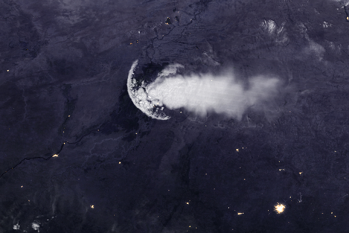 An Outflow Boundary—Not a Jellyfish—Over Africa
