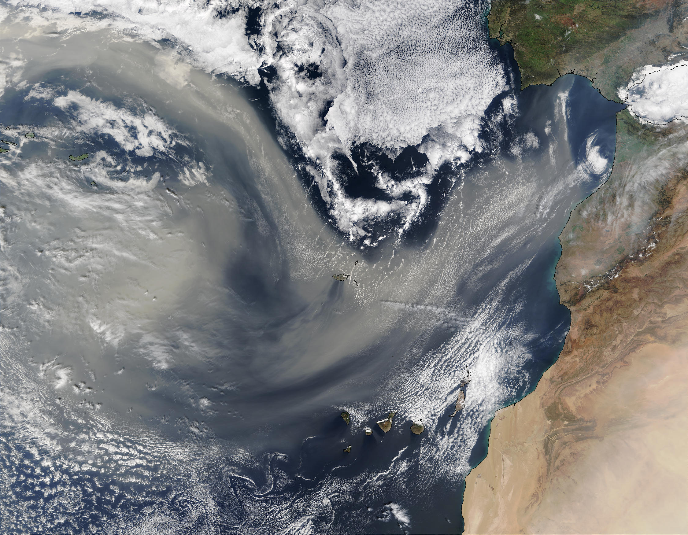 Saharan dust over the Atlantic - related image preview