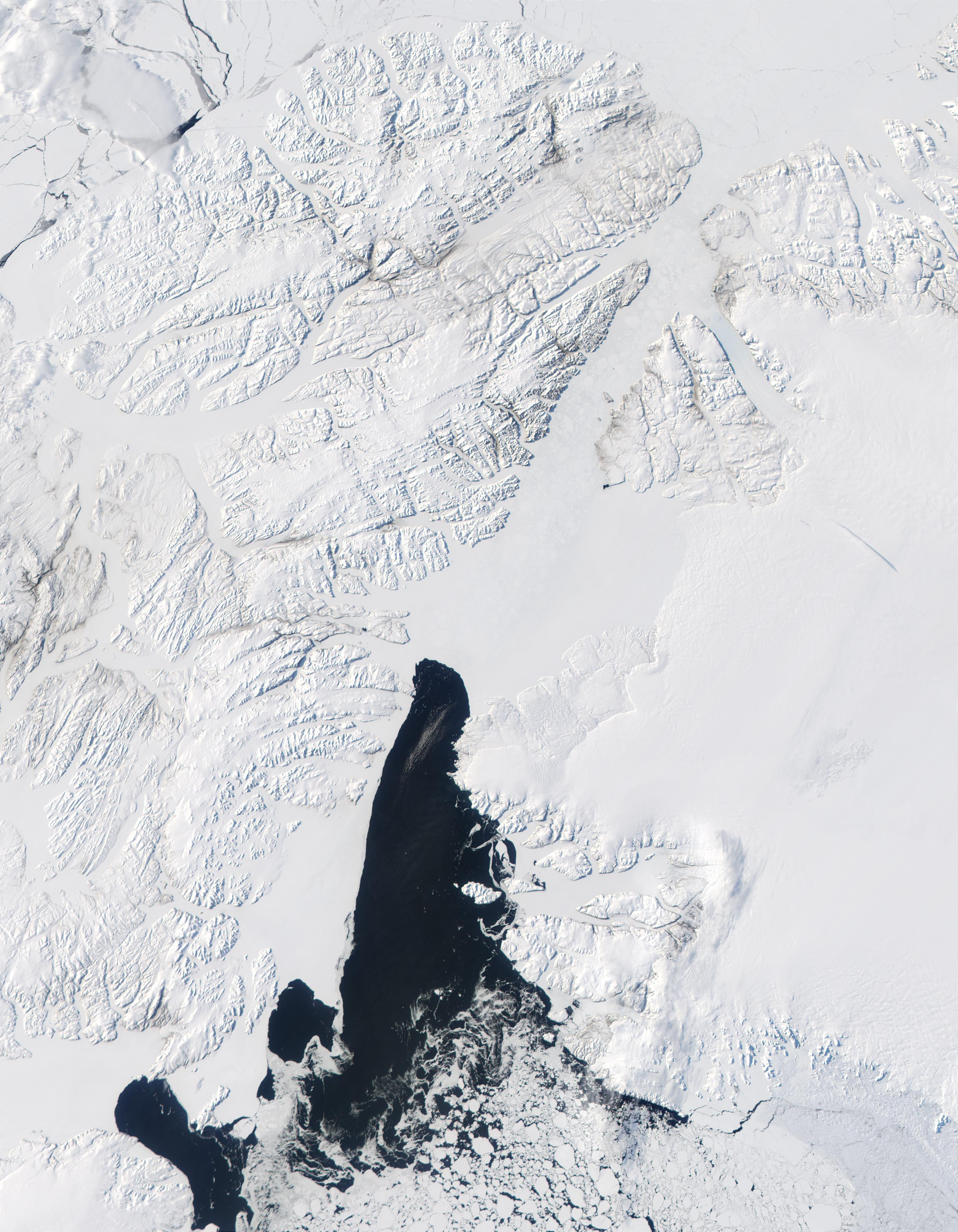 Queen Elizabeth Islands (Northern Canada), Northern coast of Greenland, and Baffin Bay - related image preview