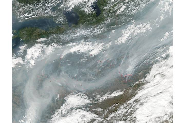 Fires and smoke in Russia and Belarus - selected image
